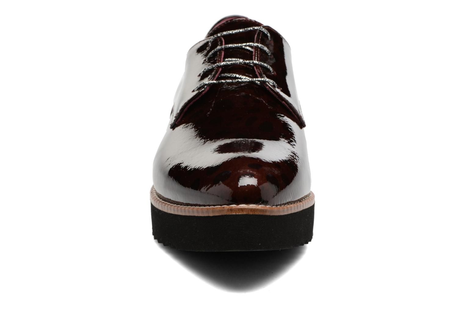 Lace-up shoes HE Spring Lana Burgundy model view