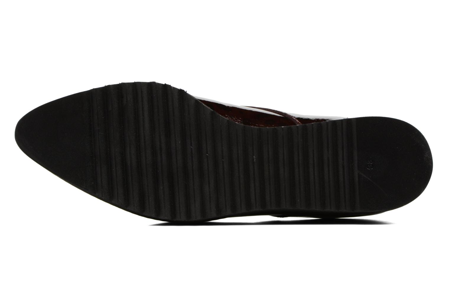 Lace-up shoes HE Spring Lana Burgundy view from above