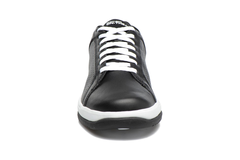 Baskets Skechers On the Go - Raise Noir vue portées chaussures