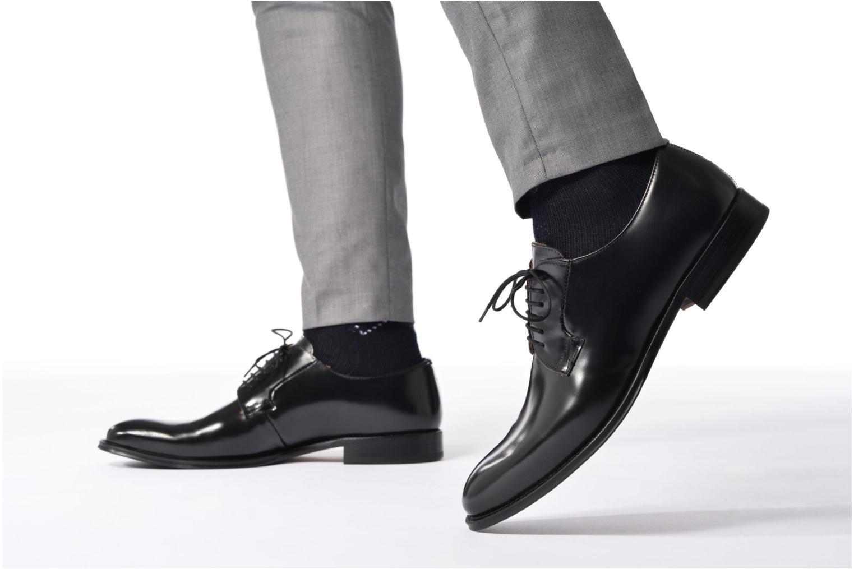 Chaussures à lacets Marvin&Co Renan Noir vue bas / vue portée sac