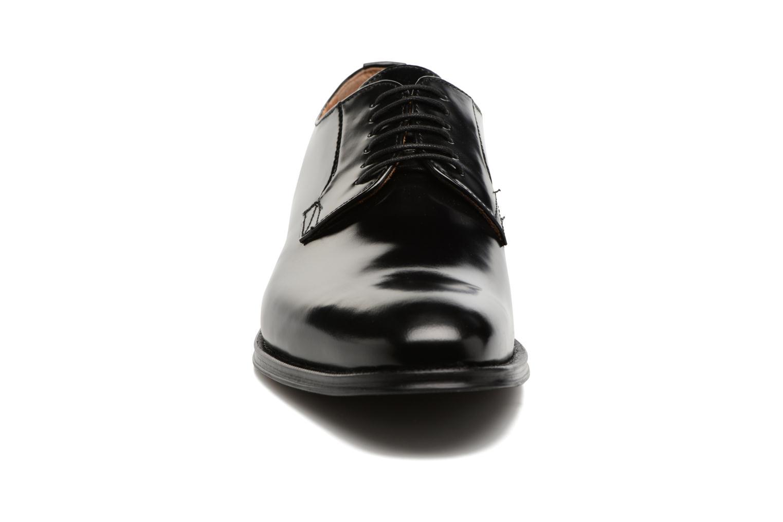 Scarpe con lacci Marvin&Co Renan Nero modello indossato