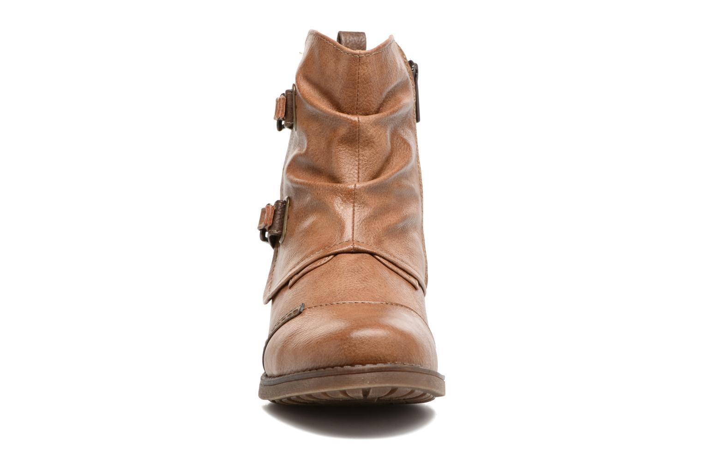 Bottines et boots Mustang shoes Eclewi Marron vue portées chaussures