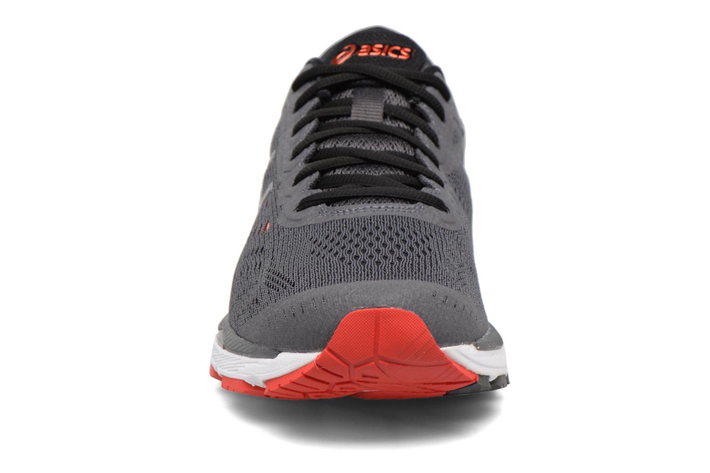 Chaussures de sport Asics Gel-Kayano 24 Gris vue portées chaussures