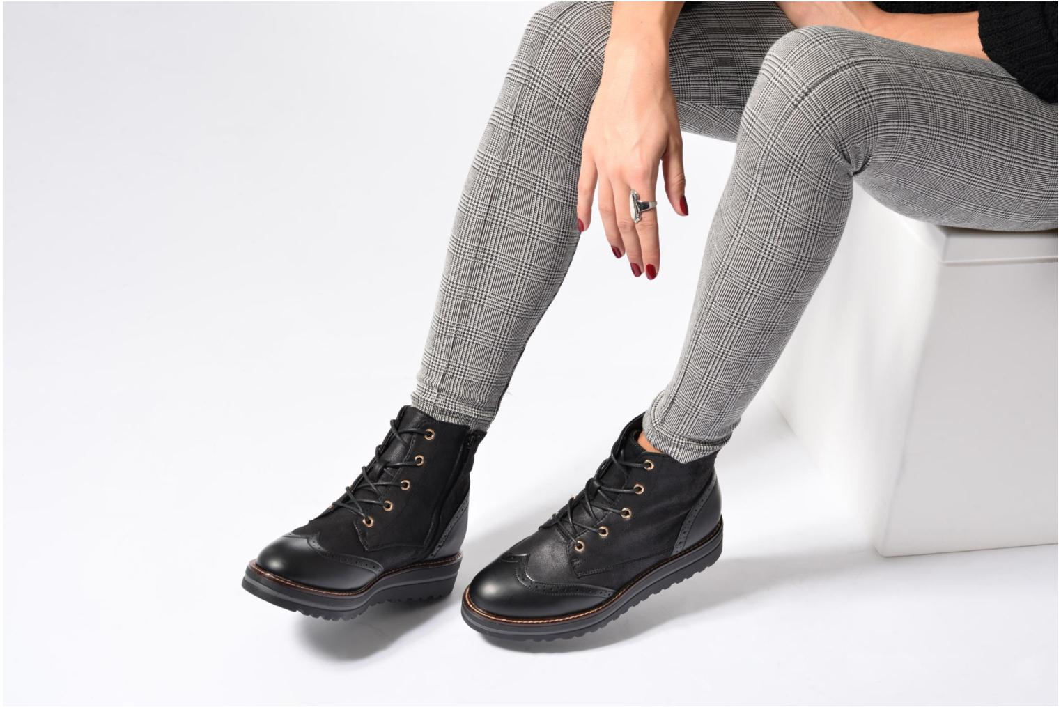 Lace-up shoes I Love Shoes THASETO Black view from underneath / model view