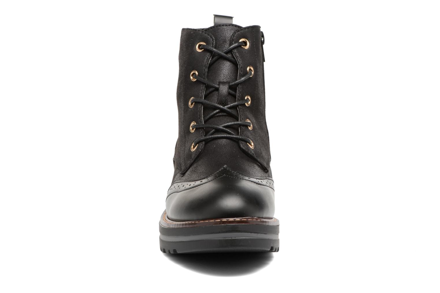 Lace-up shoes I Love Shoes THASETO Black model view