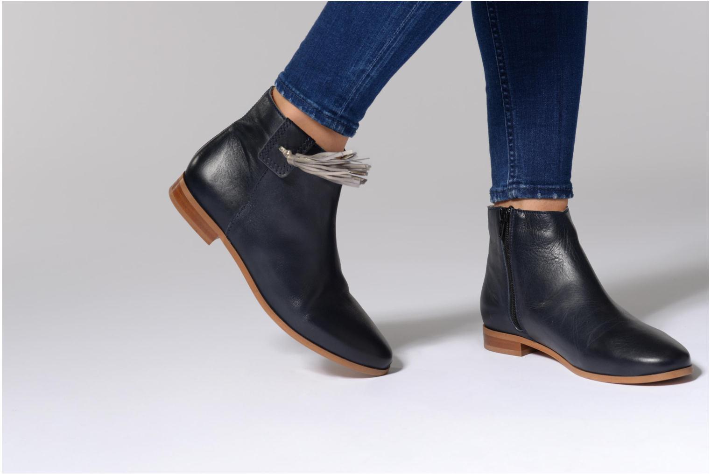 Bottines et boots Georgia Rose Goupone Noir vue bas / vue portée sac