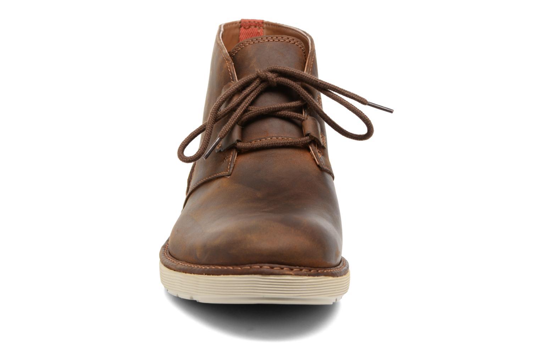 Bottines et boots Clarks Fayeman Hi Marron vue portées chaussures