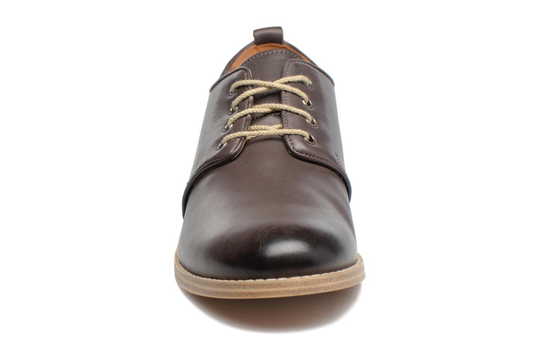 Chaussures à lacets Clarks Zyris Toledo Gris vue portées chaussures