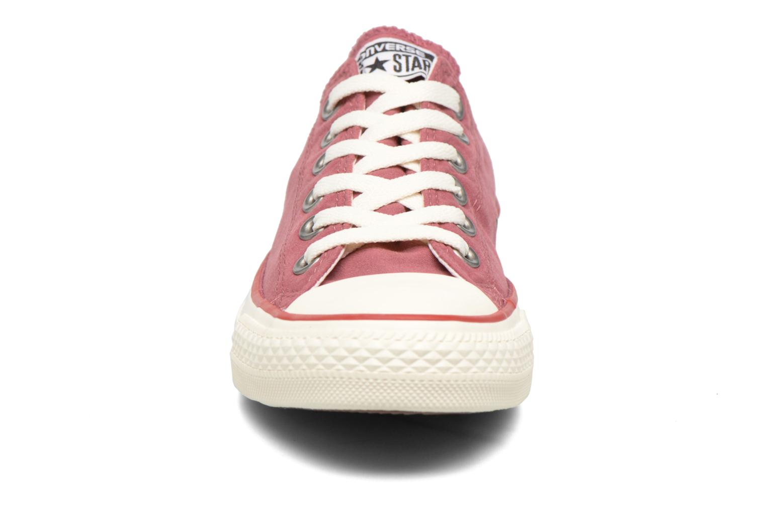 Baskets Converse Chuck Taylor All Star Ombre Wash Ox W Rose vue portées chaussures