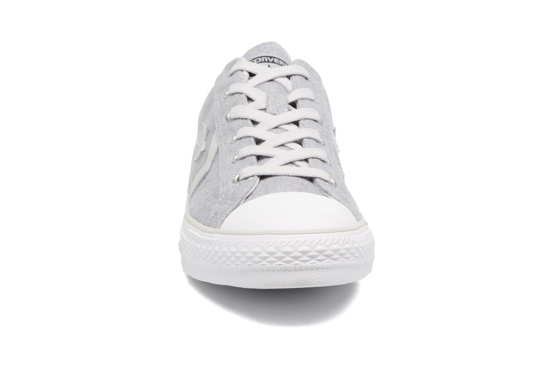 Sneaker Converse Star Player Textile Ox grau schuhe getragen