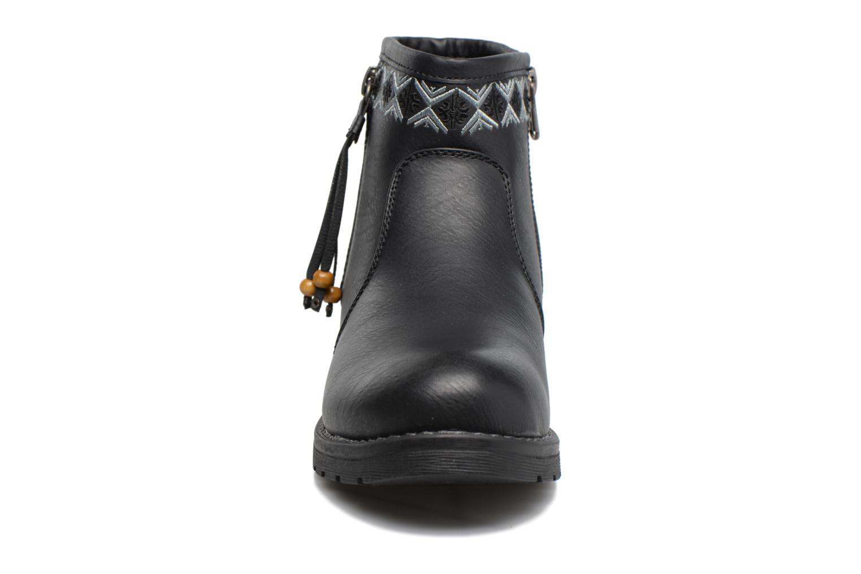 Bottines et boots Refresh Fionelle Noir vue portées chaussures