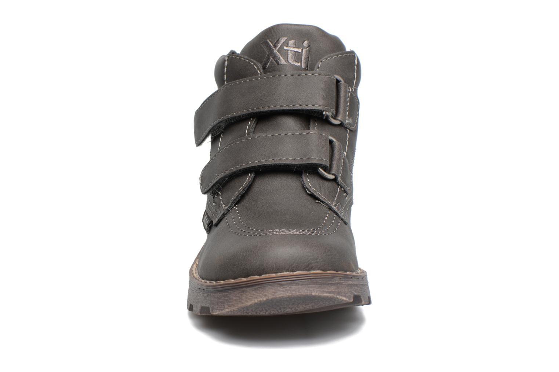 Bottines et boots Xti Stimi 53333 Gris vue portées chaussures