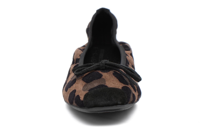 Ballerines Elizabeth Stuart York 521 Noir vue portées chaussures