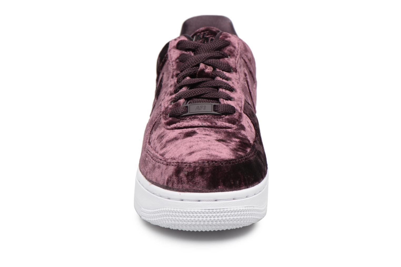 Baskets Nike Wmns Air Force 1 '07 Prm Violet vue portées chaussures