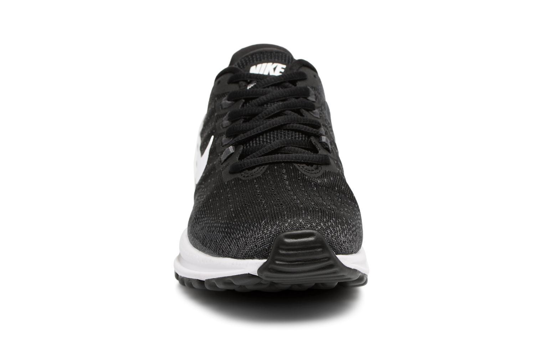 Chaussures de sport Nike Wmns Nike Air Zoom Vomero 13 Blanc vue portées chaussures