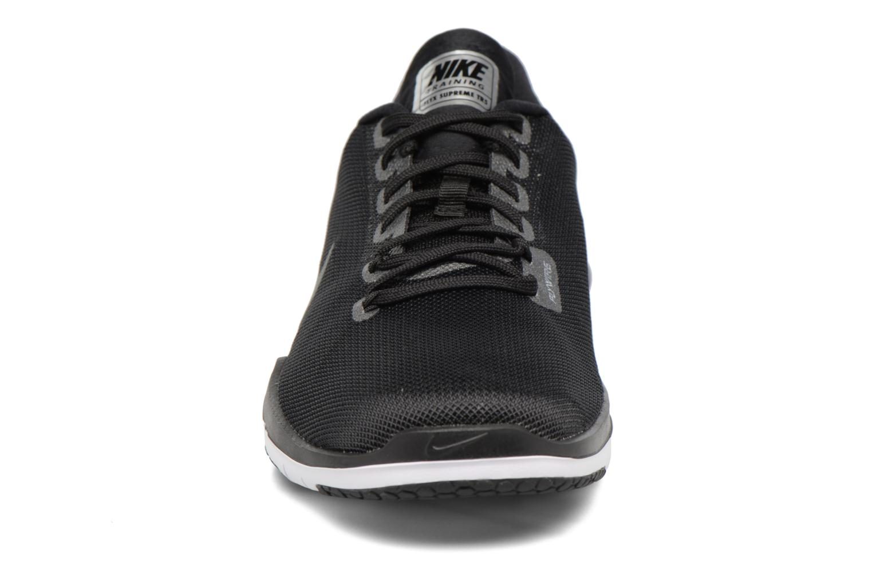 Chaussures de sport Nike W Nike Flex Supreme Tr 5 Mtlc Gris vue portées chaussures
