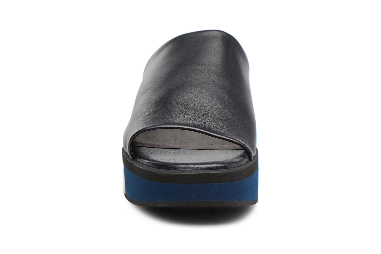 Mules et sabots Clergerie QUENOR Bleu vue portées chaussures