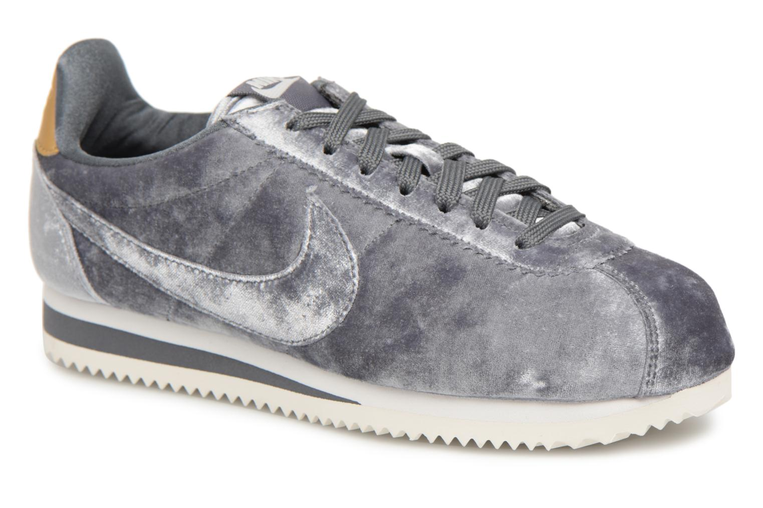 Trainers Nike Cortez Velvet Grey detailed view/ Pair view