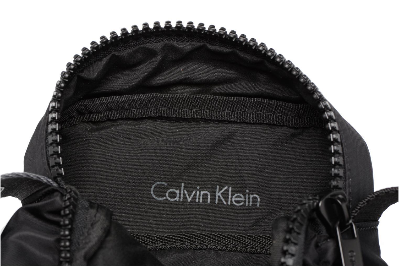 Sacs homme Calvin Klein Matthew 2.0 Mini Reporter Noir vue derrière