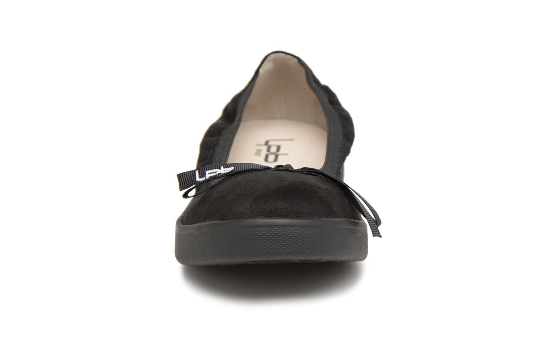 Ballerines Les P'tites Bombes Eva Noir vue portées chaussures