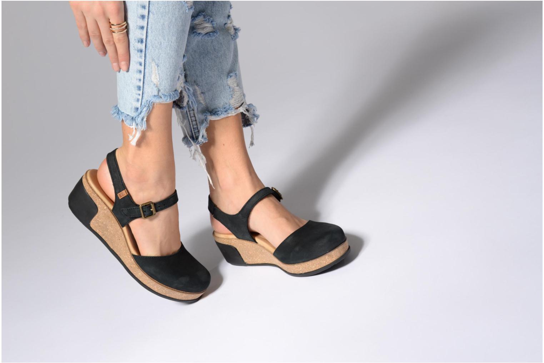 Sandales et nu-pieds El Naturalista Leaves N5001 Noir vue bas / vue portée sac