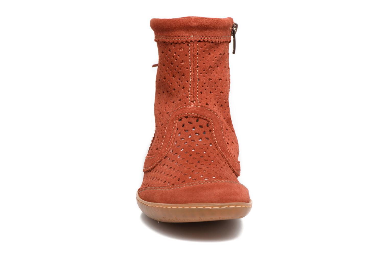 Bottines et boots El Naturalista El Viajero N262 Rouge vue portées chaussures