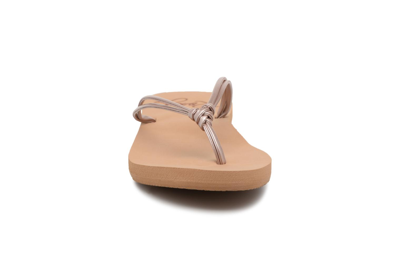 Tongs Roxy Lahaina III Rose vue portées chaussures