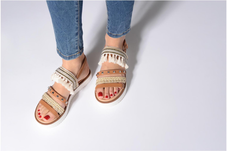 Sandales et nu-pieds MTNG Carli Marron vue bas / vue portée sac