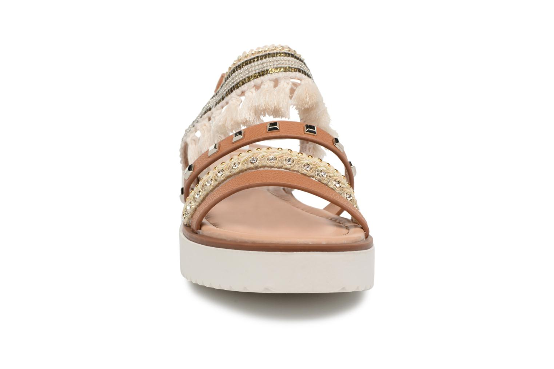 Sandales et nu-pieds MTNG Carli Marron vue portées chaussures