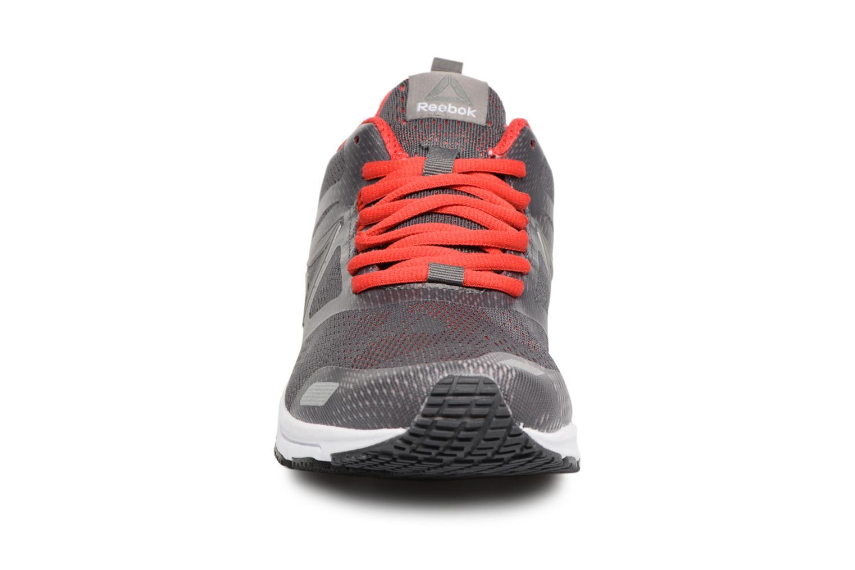 Ahary Runner Ash Grey/Primal Red/Pewter