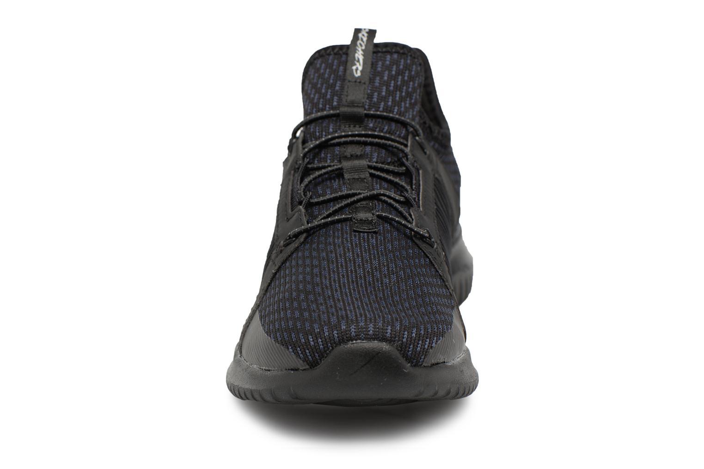 Chaussures de sport Skechers Ultra Flex-Jaw Dropper Noir vue portées chaussures