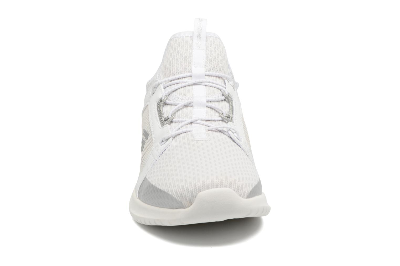 Chaussures de sport Skechers Ultra Flex-Jaw Dropper Blanc vue portées chaussures