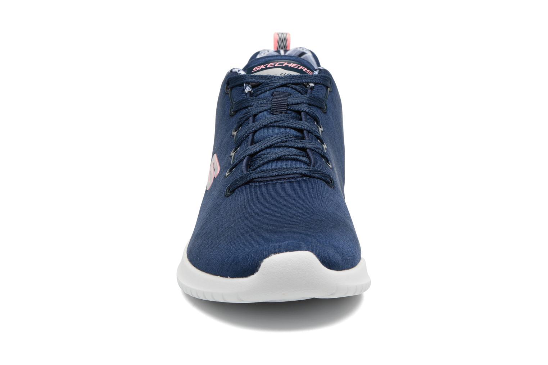 Chaussures de sport Skechers Ultra Flex-First Choice Bleu vue portées chaussures