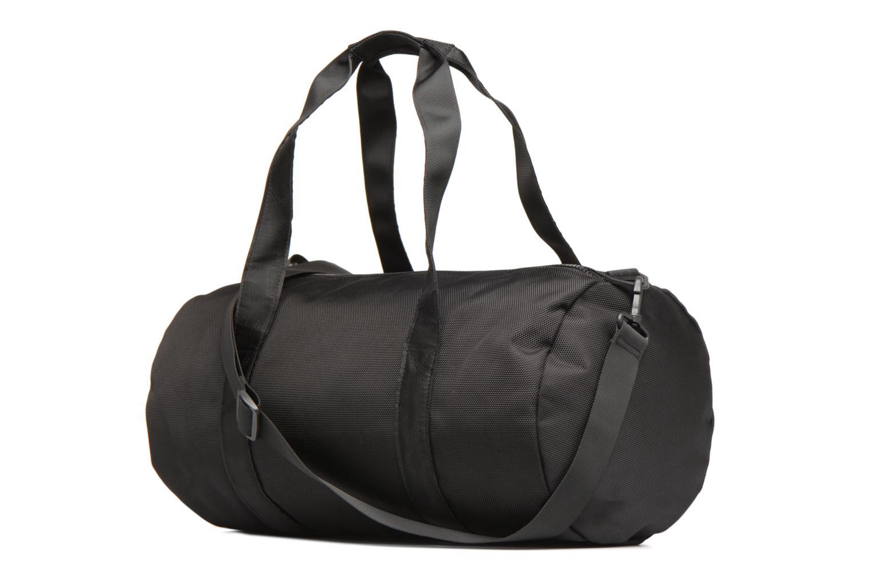 Sporttaschen Fred Perry Tonal Track Barrel Bag schwarz ansicht von rechts