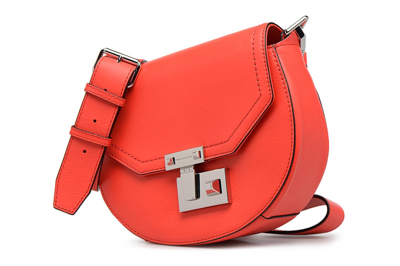 Sacs à main Rebecca Minkoff PARIS SADDLE BAG Orange vue portées chaussures