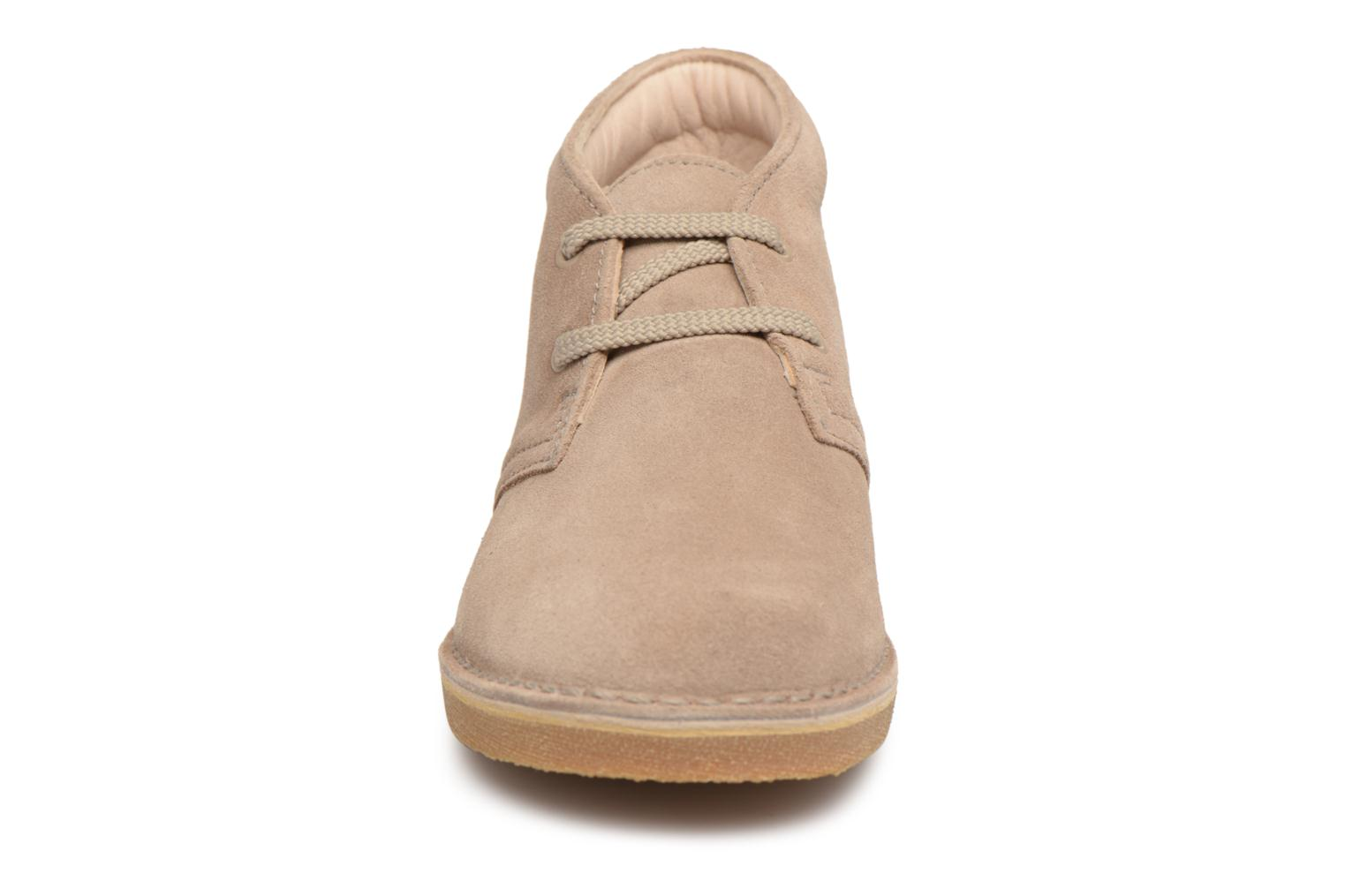 Lace-up shoes Clarks Desert Boot K Beige model view
