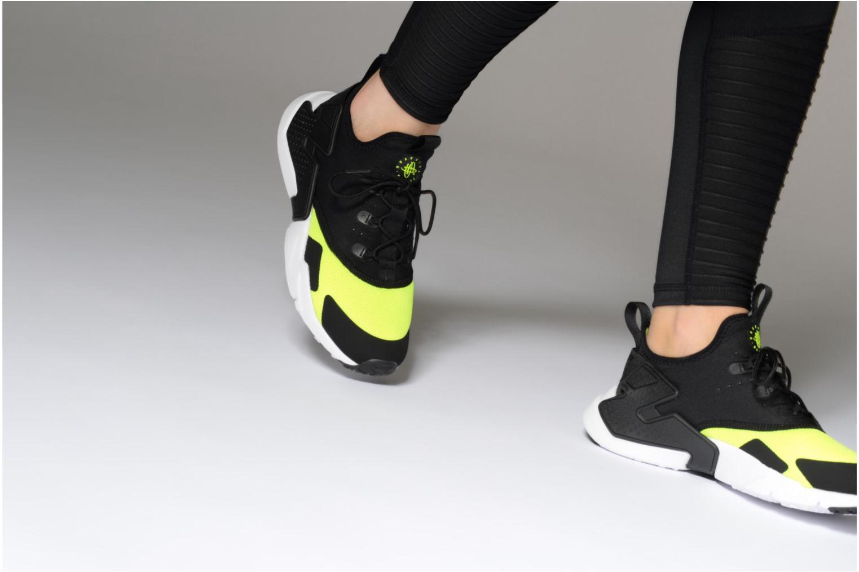 Baskets Nike Nike Huarache Drift (Gs) Noir vue bas / vue portée sac