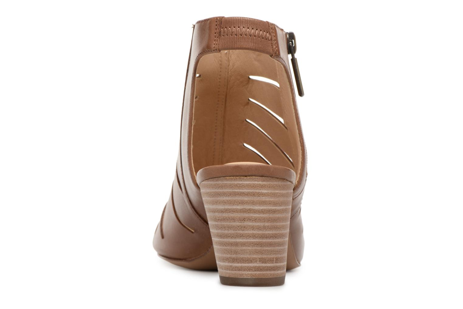 Sandals Clarks Deloria Ivy Brown view from the right