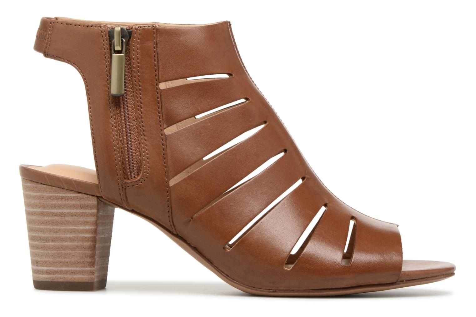 Sandals Clarks Deloria Ivy Brown back view