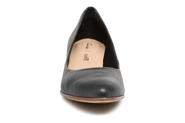 Escarpins Clarks Mena Bloom Noir vue portées chaussures