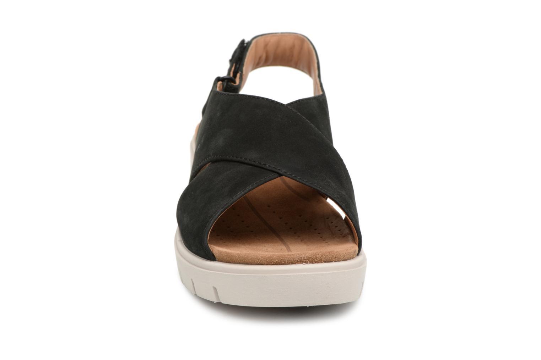 Sandaler Clarks Un Karely Hail Svart bild av skorna på