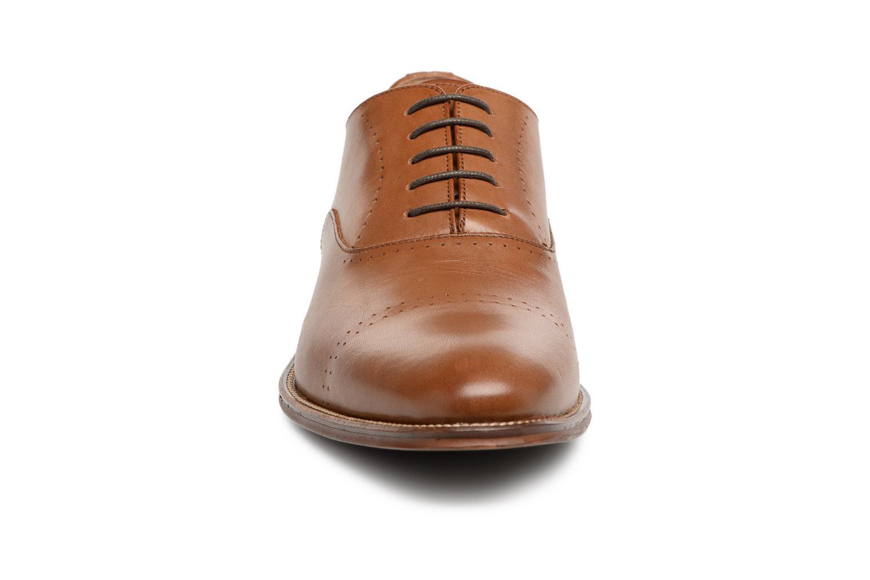 Scarpe con lacci Marvin&Co Rothmot Marrone modello indossato