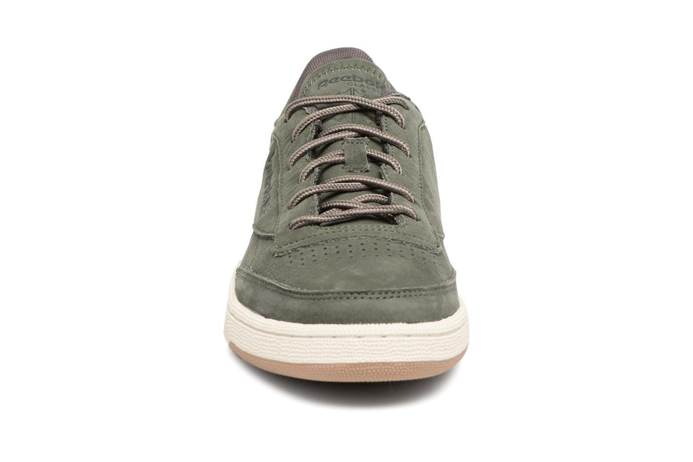 Baskets Reebok CLUB C 85 WP Vert vue portées chaussures