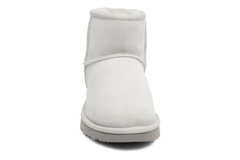 Bottines et boots UGG Mini Studded Bling Gris vue portées chaussures