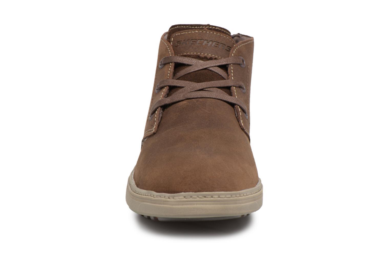 Bottines et boots Skechers Droven-Evado Marron vue portées chaussures