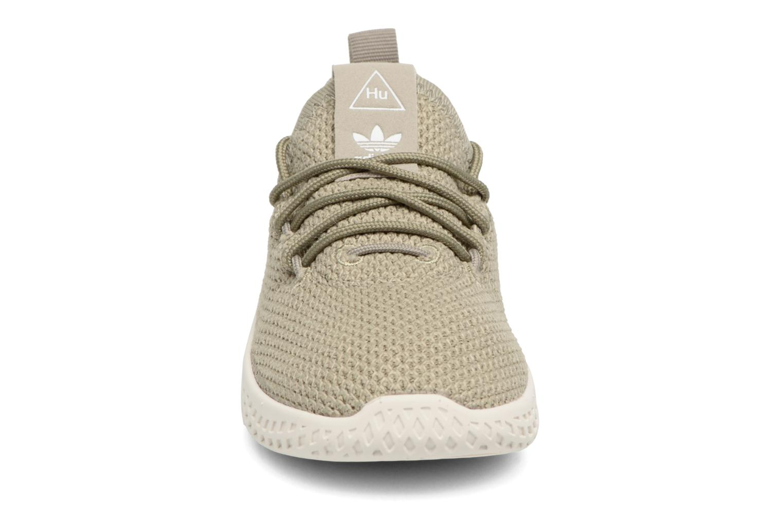 Baskets Adidas Originals Pharrell Williams Tennis Hu I Vert vue portées chaussures
