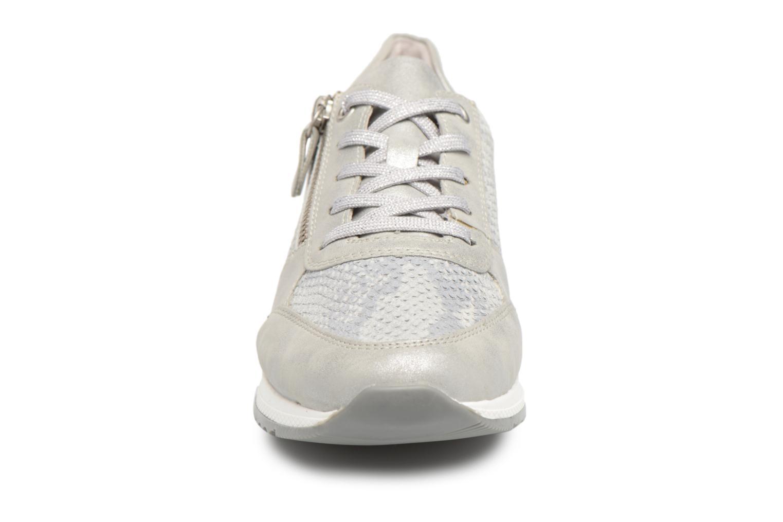 Baskets Remonte Aldora R7010 Gris vue portées chaussures