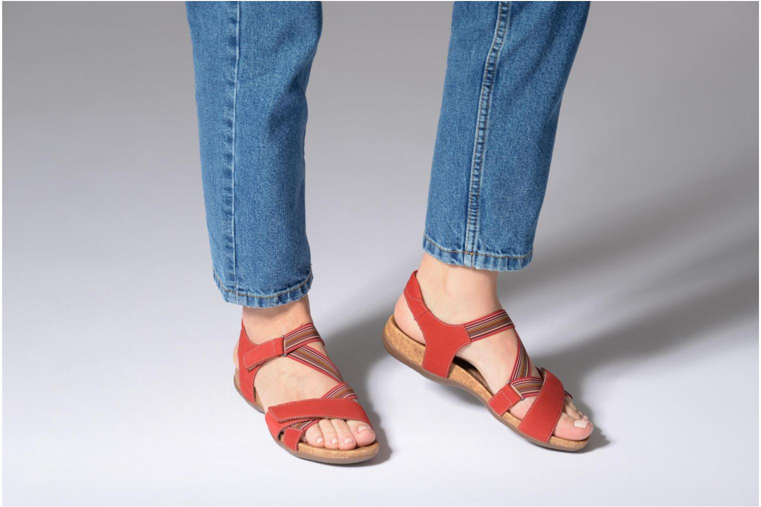 Sandals Remonte Okes R3257 Red view from underneath / model view