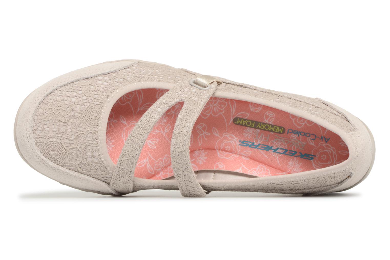 Ballerina Skechers Breathe-Easy Pretty Swagger Beige bild från vänster sidan