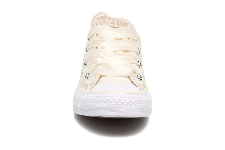 Sneaker Converse Chuck Taylor All Star Big Eyelets Pastel Canvas Ox weiß schuhe getragen